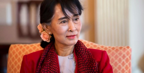 Myanmar democracy leader Aung San Suu Kyi meets with Secretary of State Hillary Clinton at the State Department on Tuesday, Sept. 18, 2012 in Washington. (AP Photo/ Evan Vucci)